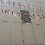 Photo de Lafayette Coney Island