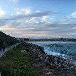 Photo de Manly Scenic Walkway
