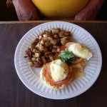 This is an egg dish with hollandaise sauce that my friend really enjoyed.