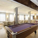 Mesa de billar /pool table