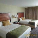 Skyline Hotel Photo