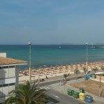 Foto de Aparthotel Fontanellas Playa