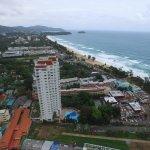 Waterfront Suites Phuket by Centara Foto