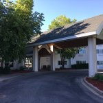 Photo de Hawthorn Suites by Wyndham Oshkosh