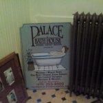 Palace Hotel & Bath House Spa لوحة
