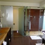 Superb bathroom facilities with excellent shower