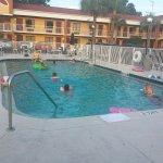 Howard Johnson Express Inn & Suites South Tampa Airport Foto