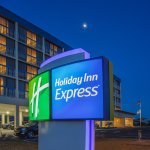 Holiday Inn Express Nags Head Oceanfront Hotel