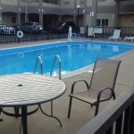 Photo of Days Inn & Suites Niagara Falls/Buffalo