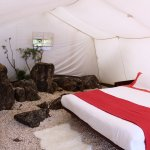 Interior tenda Glamping // Glamping tent interior