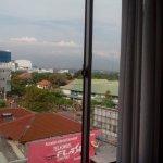 Pemandangan dari kamar 406