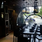 Foto de OAK + CRU Social Kitchen & Wine Bar
