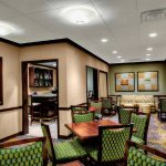 Bar & Lounge Sitting Area