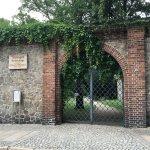Eingang zum Zwinger, eine Gartenanlage zwischen äußerer und innerer Stadtmauer, die zum Entspann