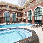 Photo de Drury Inn & Suites New Orleans