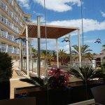 Photo de Aparthotel Costa Encantada