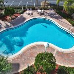 Foto de Holiday Inn Express Hotel and Suites Orlando-Lake Buena Vista South