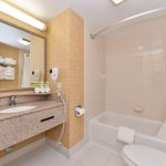 Holiday Inn Express Hotel & Suites Virginia Beach Oceanfront Foto