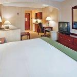 Photo of Holiday Inn Express Lansing - Leavenworth