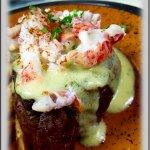 Filet w/Lobster Bearnaise