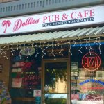 A local favorite on Lahaina's north side
