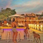 Foto de The Sunset Dock Bar