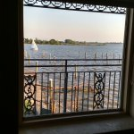 Airport Waterfront Inn Foto
