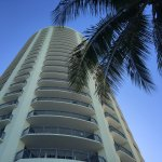 Photo de Doubletree by Hilton Ocean Point Resort & Spa - North Miami Beach