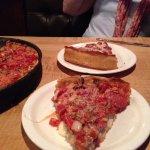 Photo de Lou Malnati's Pizzeria - South Loop