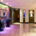Foto de Mercure Cardiff Holland House Hotel and Spa