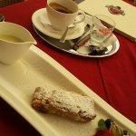 Herrlicher Apfelstrudel/kräftiger Espresso :-)