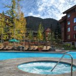 Photo de Grand Residences by Marriott, Tahoe - 1 to 3 bedrooms & Pent.