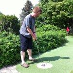 The pirate plays mini golf!