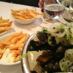Mussels and chips.