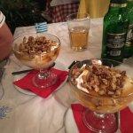 Yoghurt honey and nuts