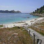 Playa de Nuestra señora con isla sur de fondo