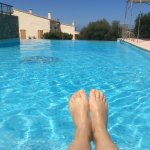 Magnifique avec piscine à débordement ! Eau à 30°..
