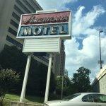 Americana Hotel Foto