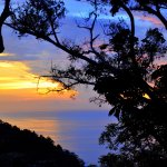 Закат над оеаном