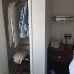 Closet but NO drawer space..