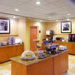 Hampton Inn Petersburg-Southpark Mall Foto