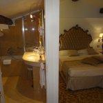Nice bed & bathroom