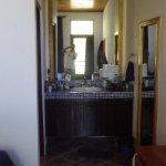 Sink/dresser area