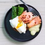 Eggs Benedikt with Salmon and Hollandaise Sauce