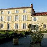 Domaine du Prieure Photo