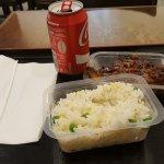 Riz cantoné et poulet croustillant du chef