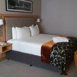 Photo de Clayton Hotel Cardiff Lane