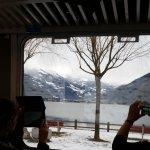 paisagem de dentro do trem