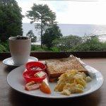 Foto de Corner Warung - Guesthouse and Restaurant