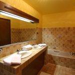 Salle de bain chambre familiale quadruple
